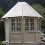 Pavillon aufgebaut