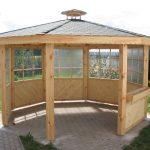 halboffener Pavillon