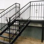 Metallterrasse Treppen