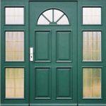 grüne Tür weit
