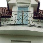 Balustrade von gewölbten Balkon