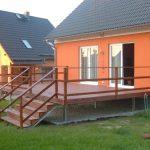 Terrasse in der Nähe der Hütte