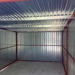 Garage aus Metall