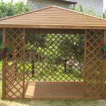 ein einfacher Pavillon für den Garten